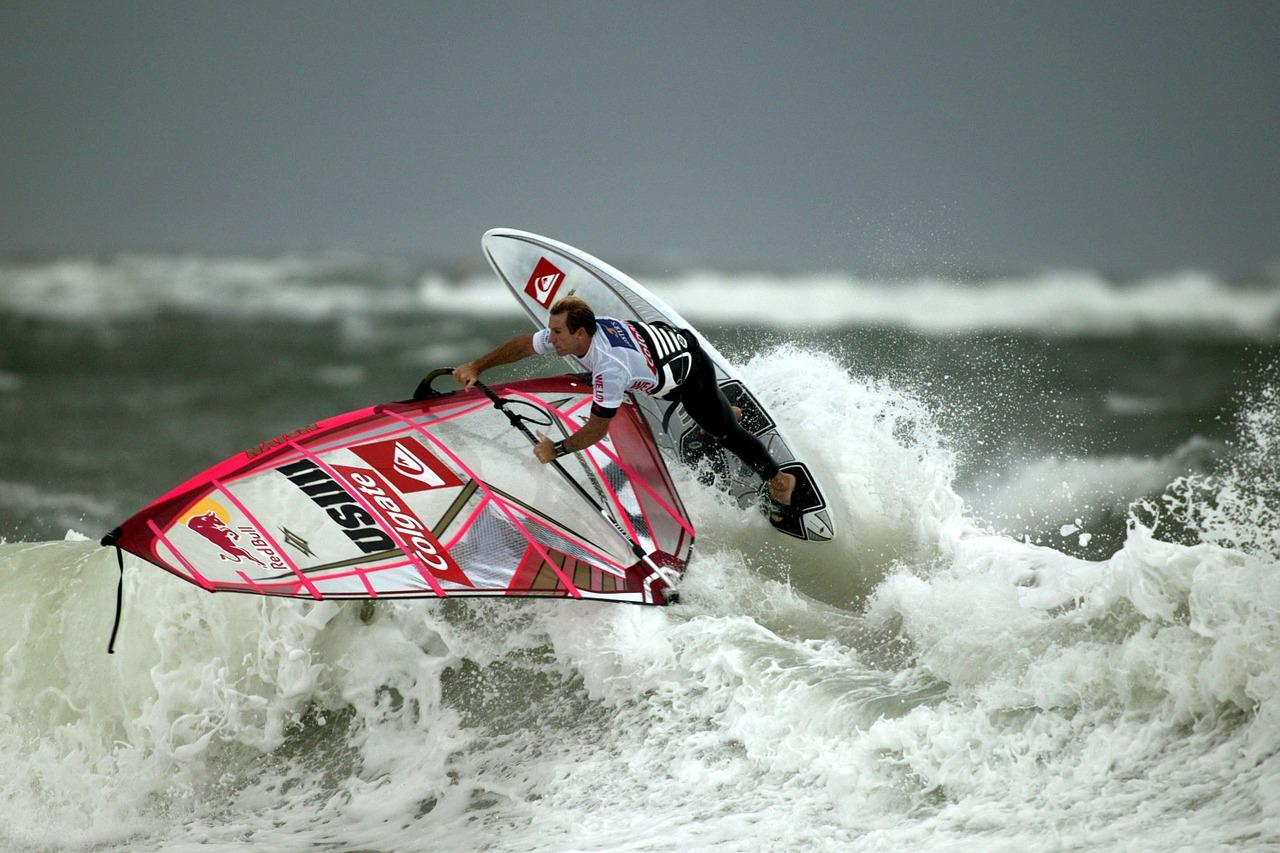 Windsurfing – jak zacząć?
