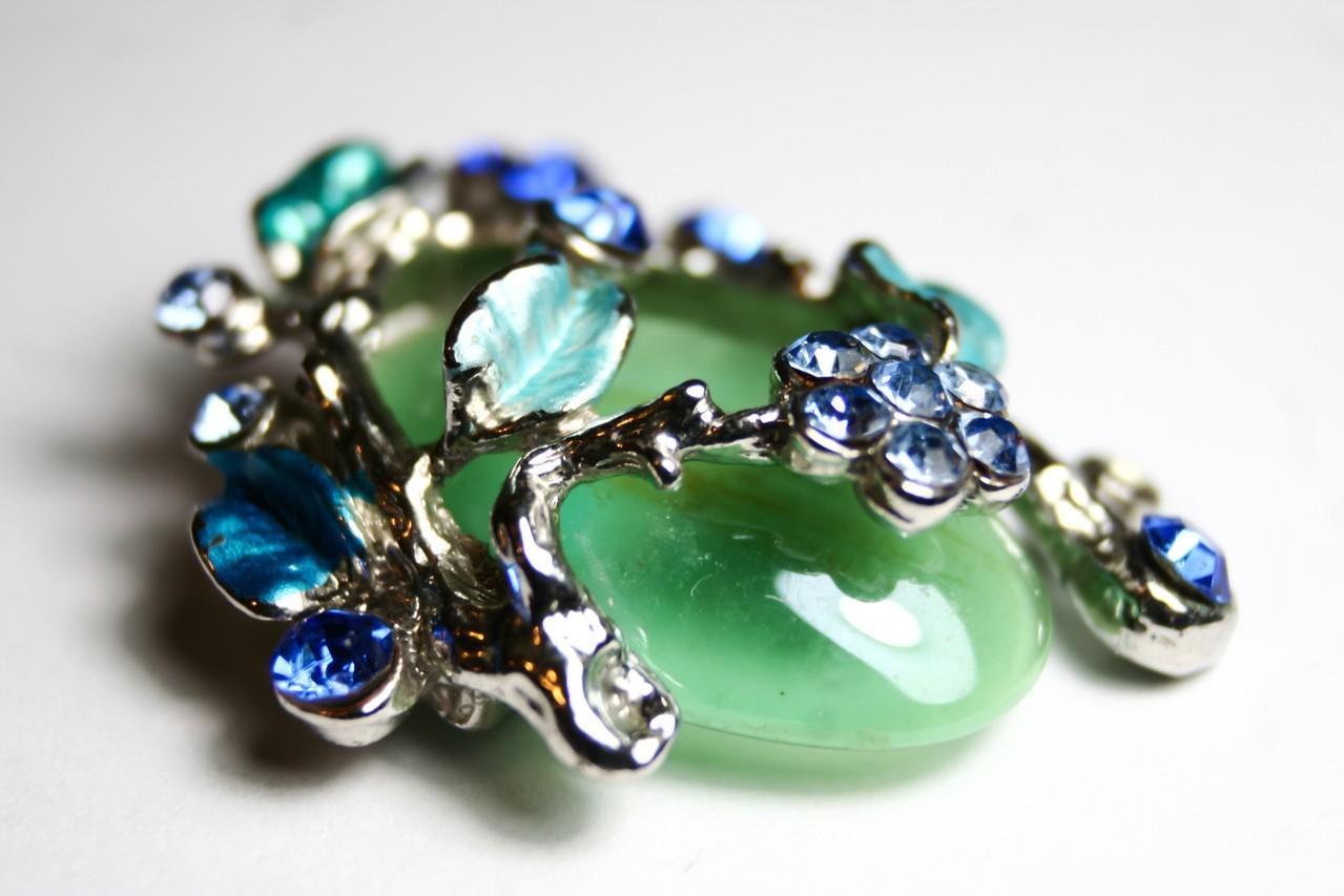 Czy bezpiecznie jest kupować biżuterię online?